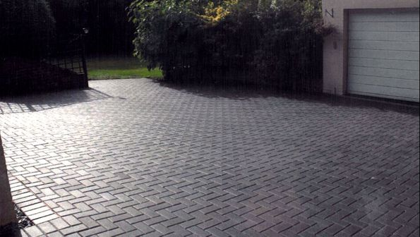 pavers chessington, surrey driveway pavers
